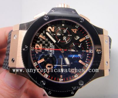 HUBLOT BIG BANG BLACK CERAMIC W/ BLACK CARBIN-FIBER DIAL 41mm -