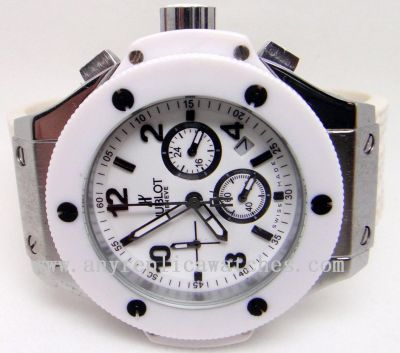 "HUBLOT BIG BANG ALL-WHITE ""ST. MORITZ"" - STAINLESS STEEL - WHITE"