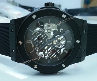 Hublot Skeleton Black Face Rubber strap Watch