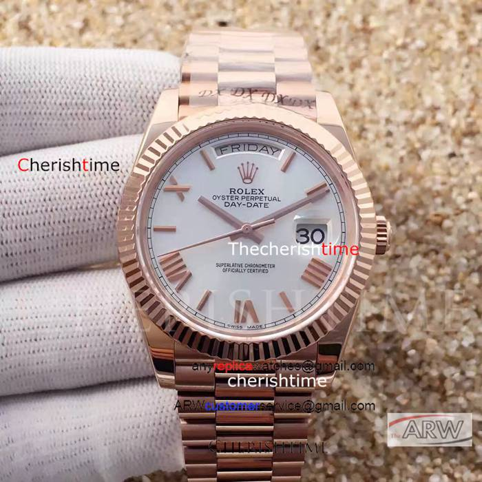 Replica Rolex White Dial All Rose Gold Swiss 40 mm Watch