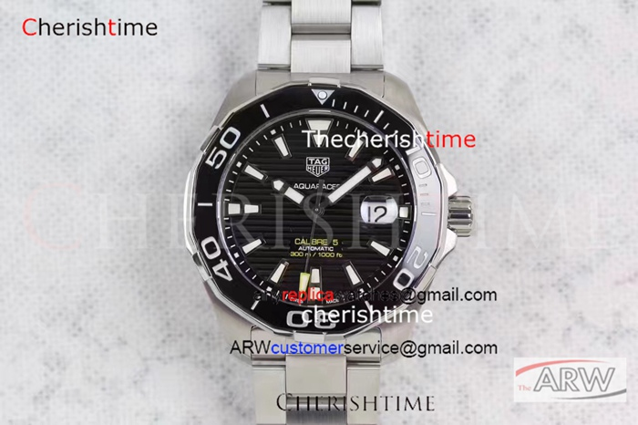 Replica TAG Heuer Black Dial Black Bezel 43 mm Watch